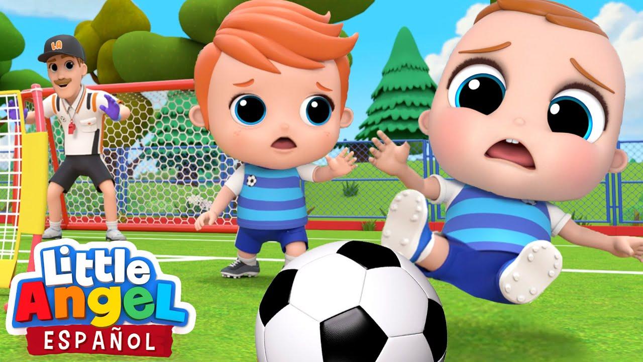 Aprendiendo a Jugar Fútbol ⚽| Canciones Infantiles | Little Angel Español