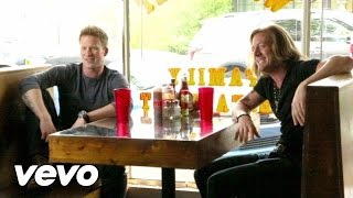 Download Florida Georgia Line - Round Here (Behind The Scenes) Mp3 and Videos