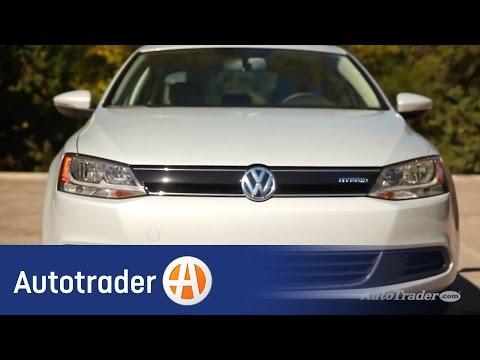 2014 Volkswagen Jetta Hybrid | 5 Reasons to Buy | Autotrader