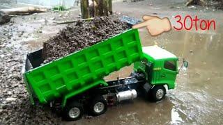 Rc truck hino dump truck.  Angkut pasir sedot