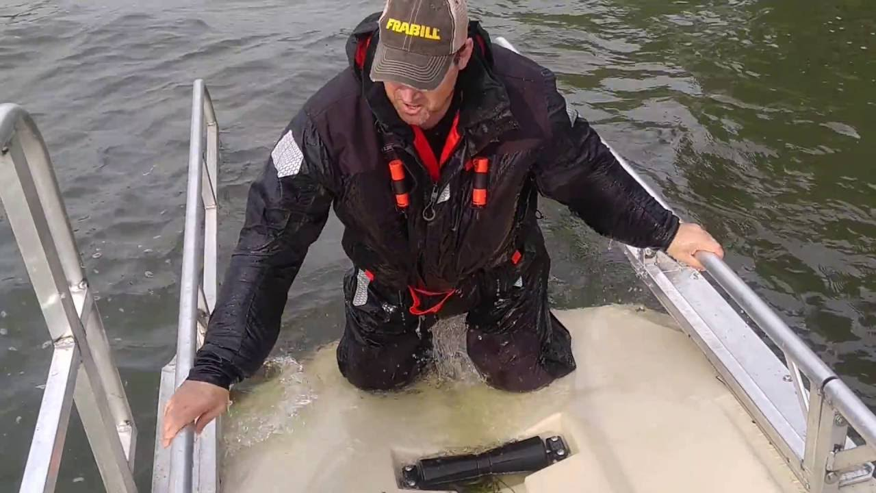 Float - a suit for winter fishing