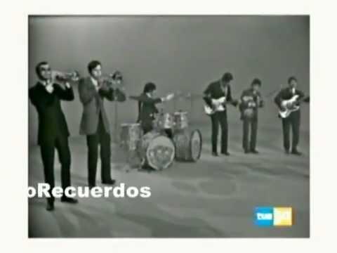 Cerca de las estrellas LOS PEKENIKES / 1969