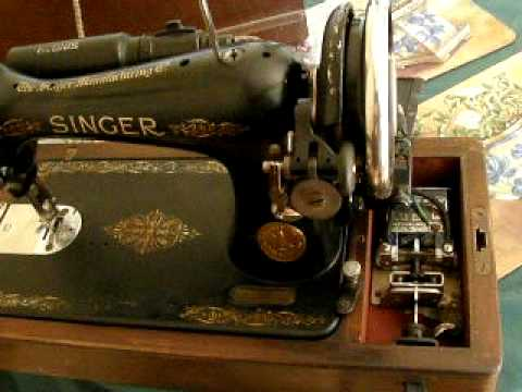 VINTAGE SINGER SEWING MACHINE FOR SALE WITH KNEE CONTROL LEVER YouTube Enchanting 1950 Singer Sewing Machine For Sale