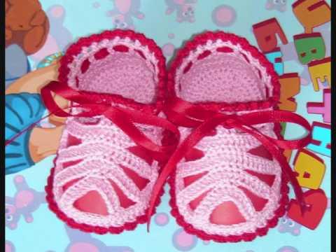 Вязаные пинетки сандалики