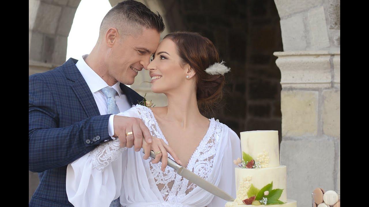 Kelemen Zsófi és Magosi Zsombor így élte újra az esküvő minden szépségét egy tihanyi borospincében