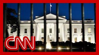 White House exodus begins