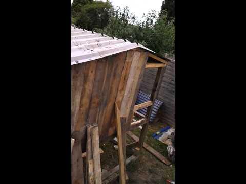 Dans recycled back garden chicken coop oxford