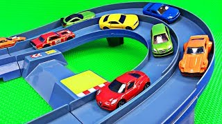 Tomica Racing Circuit Playtime Video - Learning Colors for Toddlers - Organic Learning
