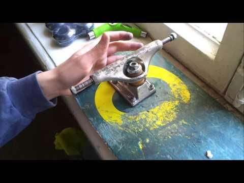 Как поменять деку, смазать подвески и почистить подшипники / Сборка скейта Ep. 3