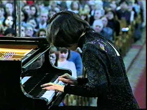 Natalia Trull plays Mozart - Piano concerto n.22 Es-dur - I mov.