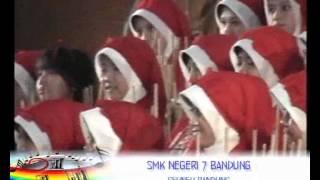Angklung SMKN 7 BANDUNG ( Bambu Reaksi ) - Seuneu Bandung @ LMAP VII