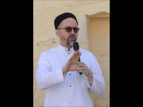 Building Muslim Communities - Shaykh Hamza Yusuf