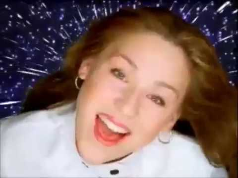 Angela Via - Retrato Perfecto (Video Oficial)