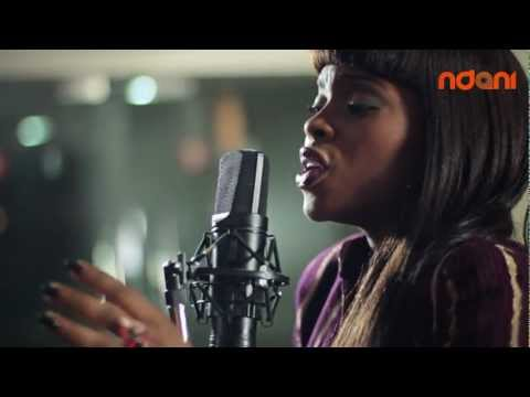 Chidinma performs Carry You Go on Ndani Sessions