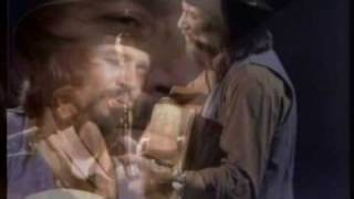 Watch Waylon Jennings Do No Good Woman video