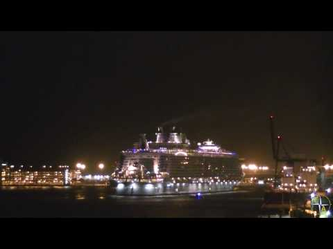 Oasis of the Seas Arriving at Port Everglades - Cruise Aficionados Lunchtime Videos