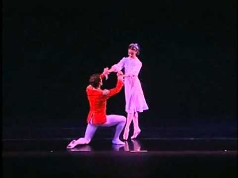 2 Minutes of Dance - Festival Ballet's The Nutcracker