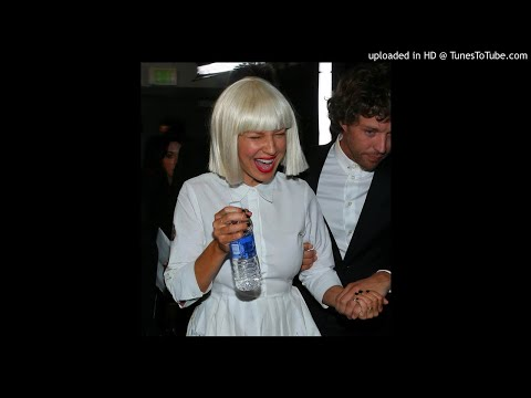 [FULL MicFeed] Sia - Chandelier (Live @theGRAMMYs 2015) ❤️❤️❤️