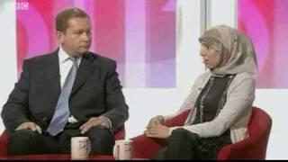 Salma Yaqoob defends the veil