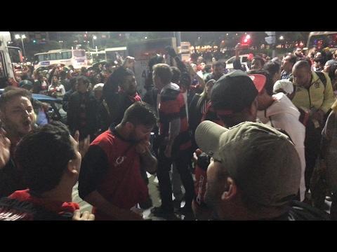 Direto da Argentina, Torcida do Flamengo pára Buenos Aires antes do jogo com San Lorenzo!