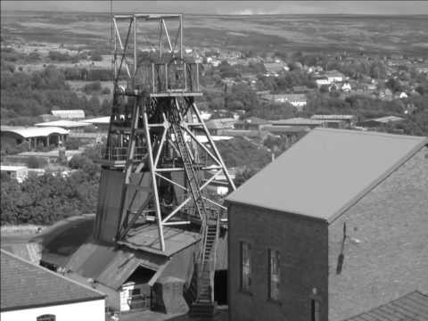 Alastair Simpson: Close The Coalhouse Door