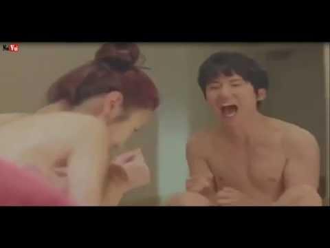 Video Hài Hước - Chơi xếp hình cởi quần áo