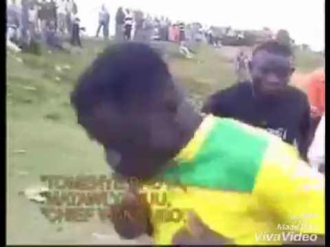 Meldi rame mana bhuva dhune/bhuva dhune mana bhuva dhune..uganda dance...