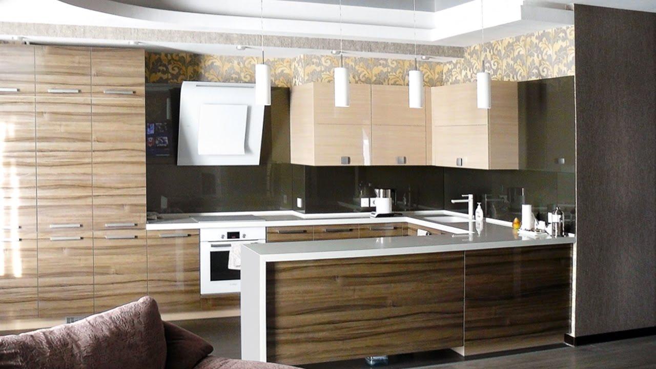 Столешницы из натурального камня стали незаменимым элементом интерьера кухни или ванной комнаты, одинаково удобным как для приготовления.