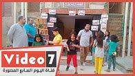 مواطن يوزع الحلوي على الاطفال طوال ايام العيد علي روح ولده