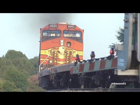 [4F][MUSIC] Music Video: Rockin' Trains Everywhere, 01/29/2017 ©mbmars01