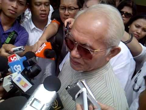 Taib irked when quizzed on 'superstition'