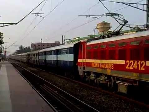 WAP-4 Mumbai Howrah Mail skipping Dankuni Junction