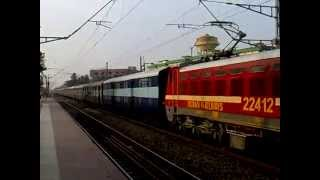 WAP-4 Mumbai Howrah Mail skipping Dankuni Junction