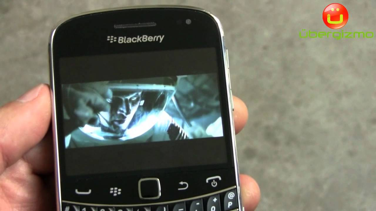 Blackberry Bold 9900 YouTube Video Playback (HD 720p)