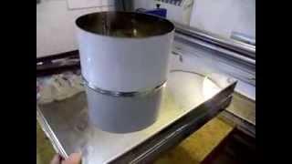 видео Как сделать проход вентиляции и дымохода через кровлю своими руками