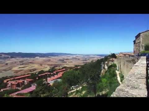 Volterra, Italien - Rundblick in die Toskana