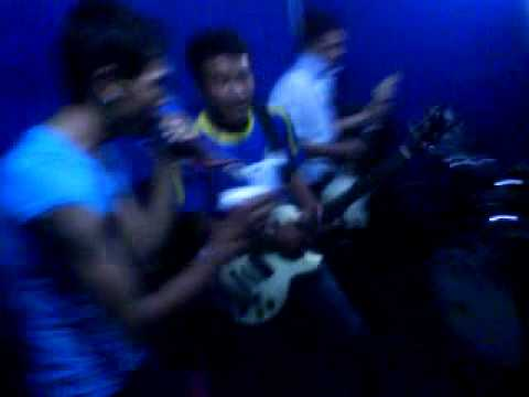 closhead band