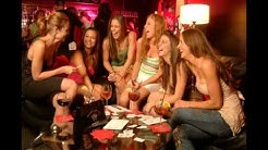 Retronyymi - Tyttöjen ilta