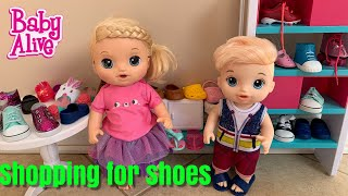 Baby Alive Goes Shopping For New Shoes