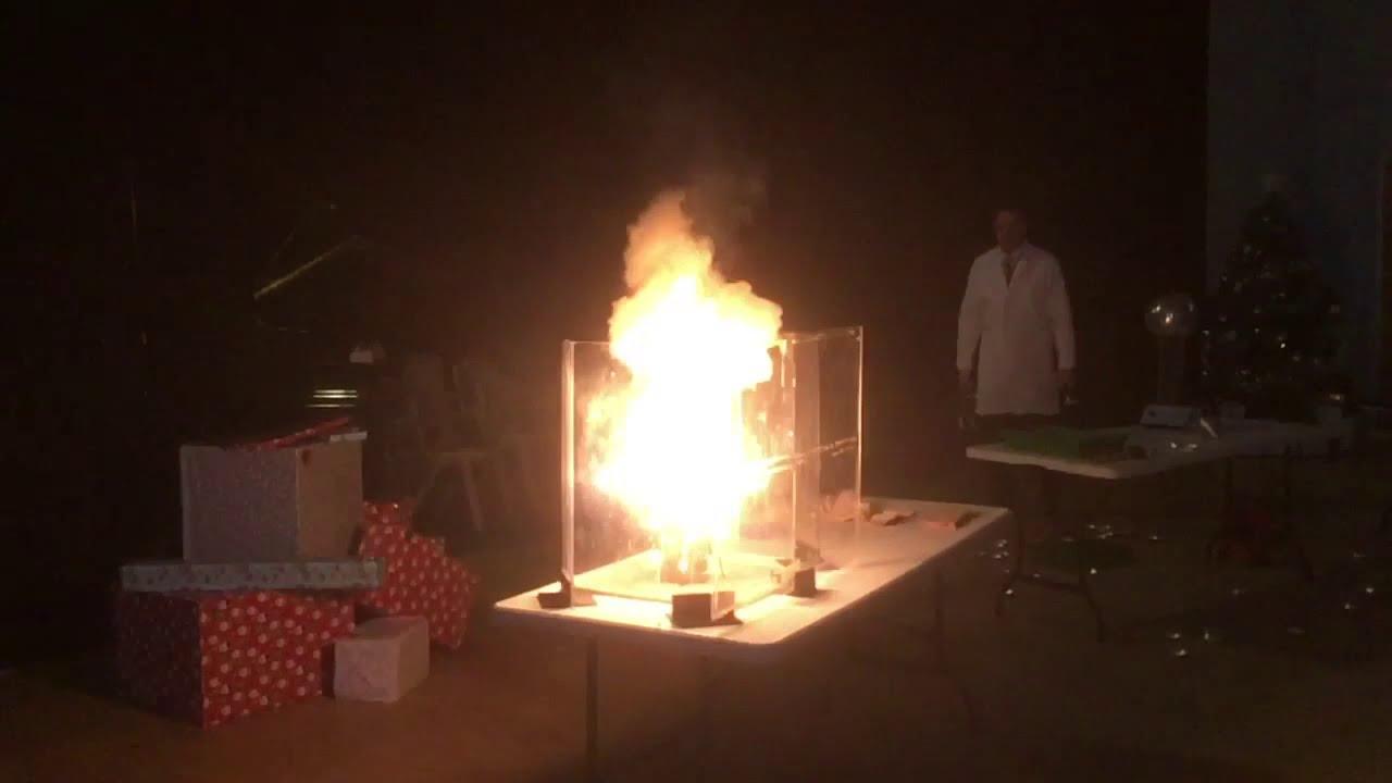 Northampton Academy Christmas Science Show