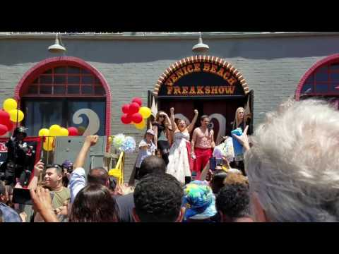 Todd Ray - Freakshow - Protest - Party
