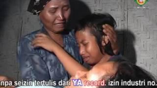 "Lagu Sedih Madura ""Ebhu"" By Fiyan Triway Asiska"