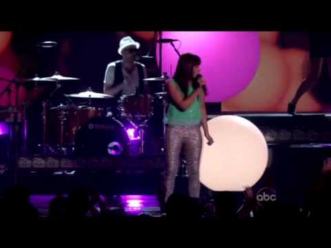 The 2012 Billboard Music Awards  Carly Rae Jepsen  Call Me Maybe