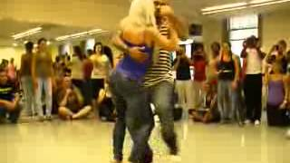 Baile Erotica Kizomba Rubia Sexy