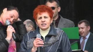 Христианский концерт во дворе тюрьмы строгого режима
