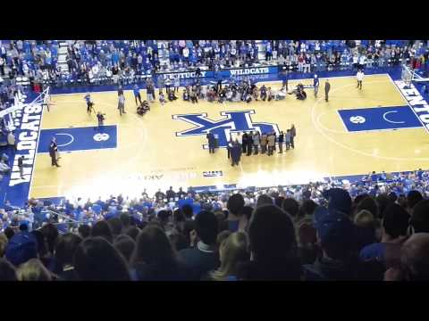 Tony Delk jersey retirement at Rupp Arena 2-21-15