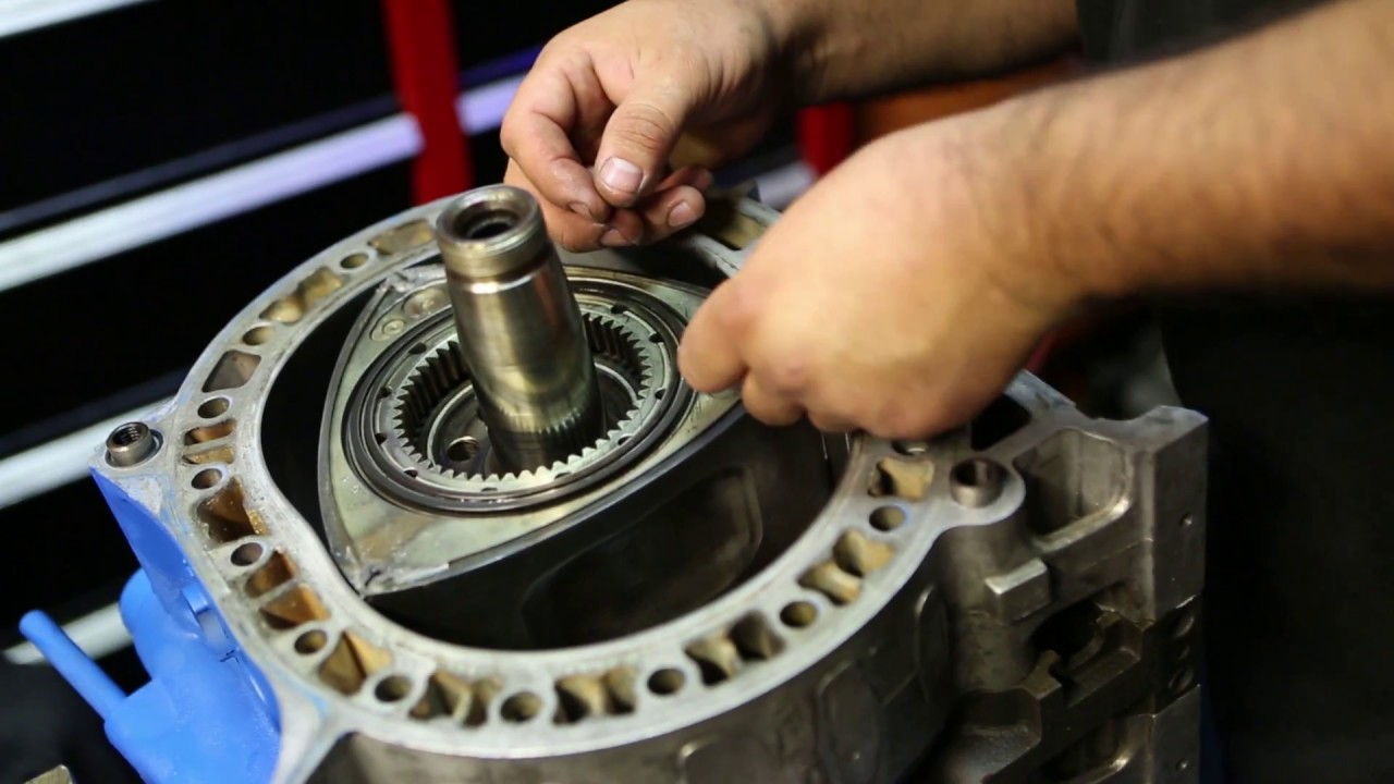 Project_REPU - Stacking the 13B Bridgeport Rotary Engine