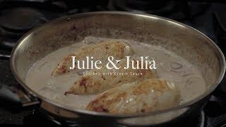 figcaption 줄리앤줄리아 속 버섯, 와인, 크림을 넣은 닭요리 : Chicken with cream sauce from the movie 'Julie & Julia' | Honeykki 꿀키