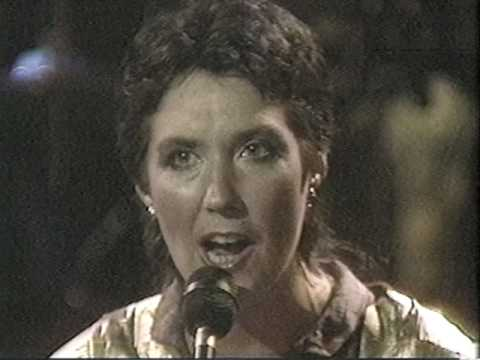 Kate and Anna McGarrigle: Travellin' on for Jesus (1984)
