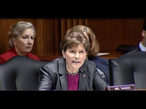 Sen. Shaheen Presses Sec. DeVos on Afterschool programs and Student Financial Aid